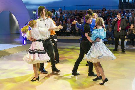 1, 2 oder 3Folge 807 - We Dance